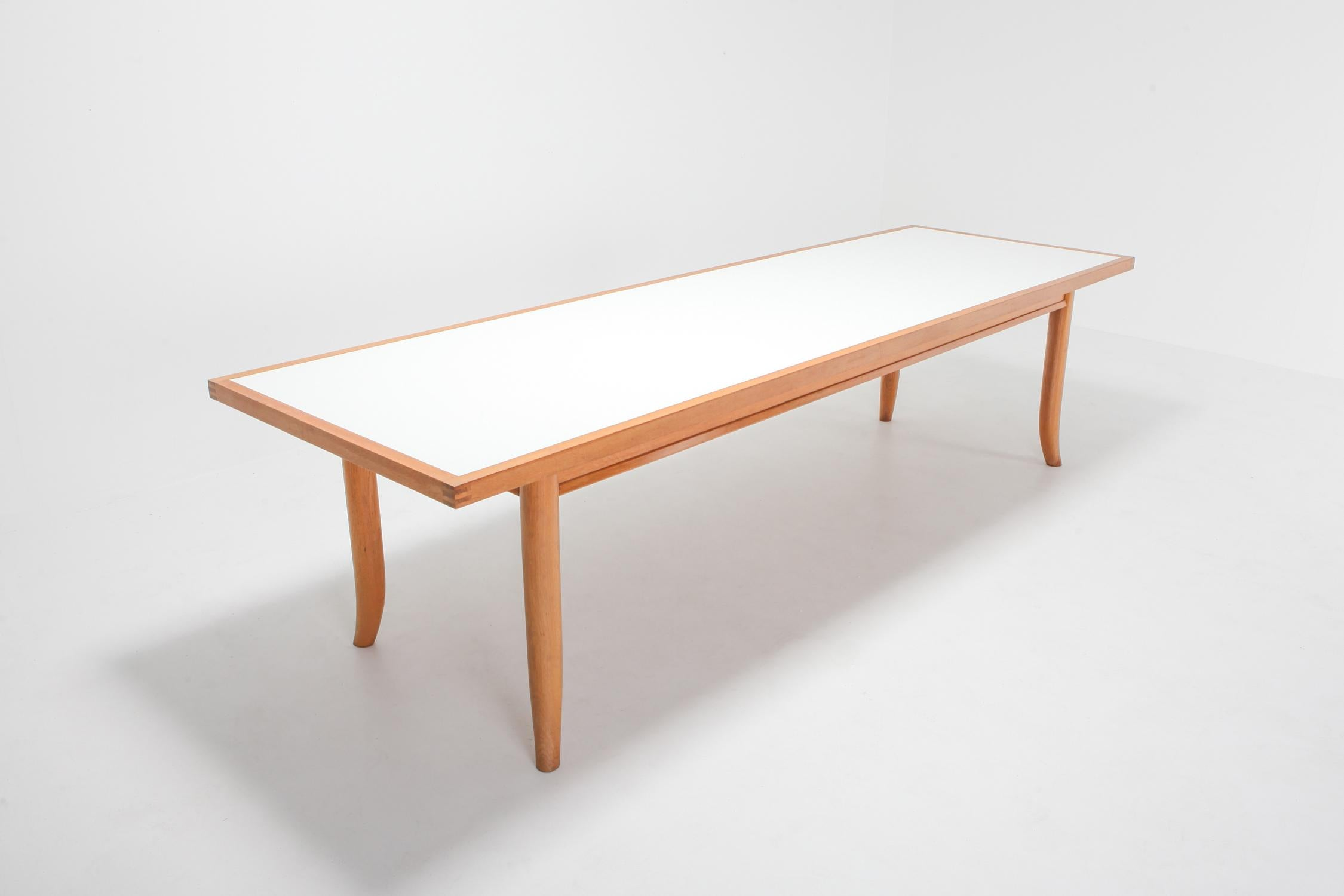 Bon American Modern Oak Dining Table With Saber Legs Made In Japan In Excellent  Condition For Sale