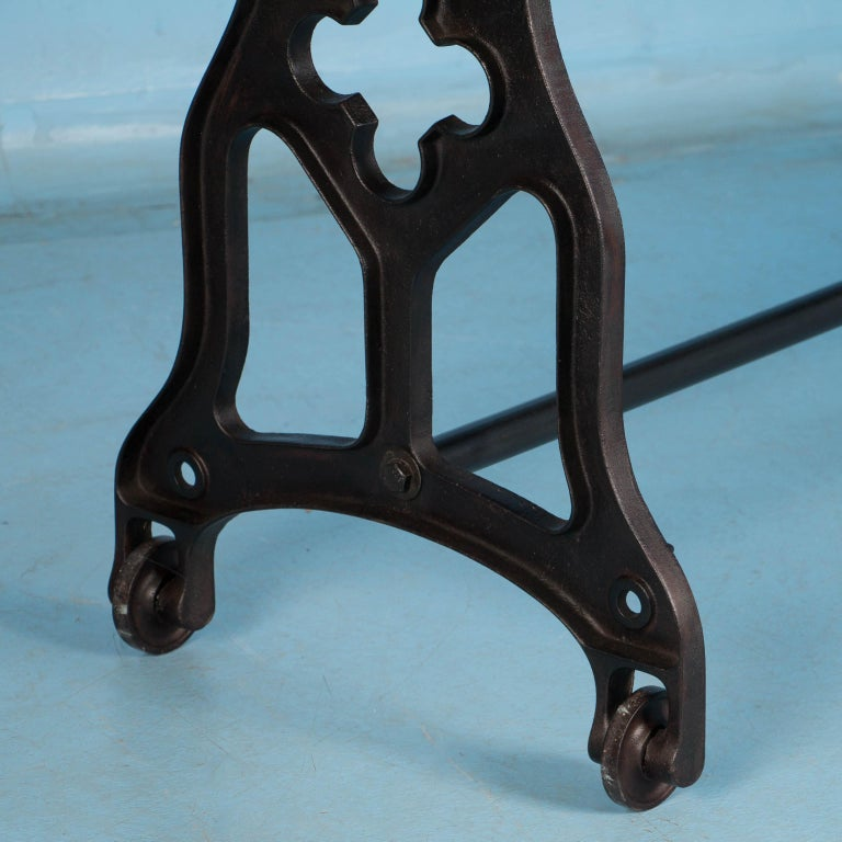 American Oak Console Table with Antique Industrial Cast Iron Legs For Sale 2