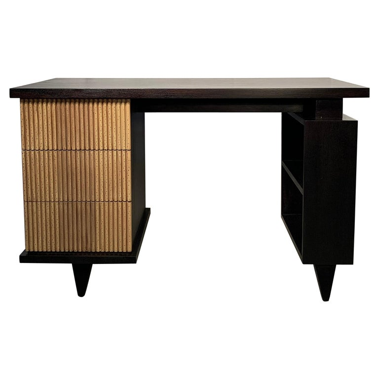 American of Martinsville Faux Bamboo Mahogany Vanity Desk For Sale
