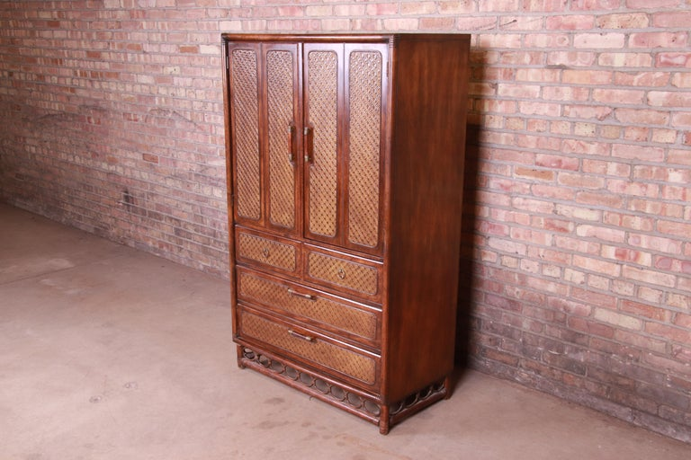 Mid-Century Modern American of Martinsville Hollywood Regency Bamboo Rattan Gentleman's Chest For Sale