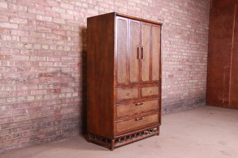 20th Century American of Martinsville Hollywood Regency Bamboo Rattan Gentleman's Chest For Sale