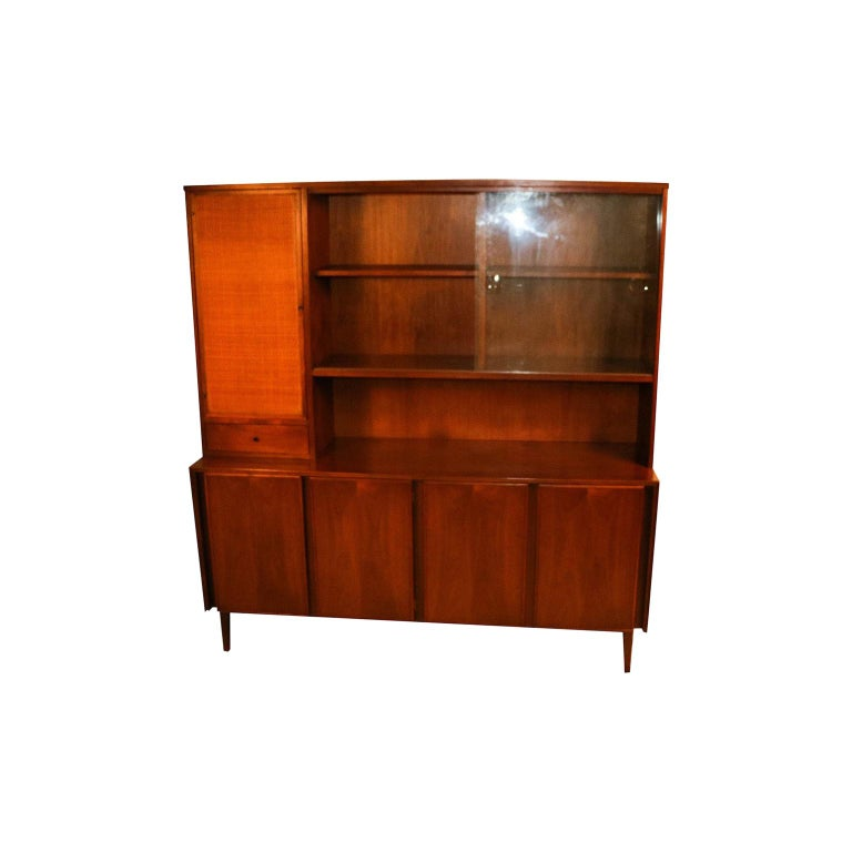American of Martinsville Midcentury China Cabinet Hutch For Sale
