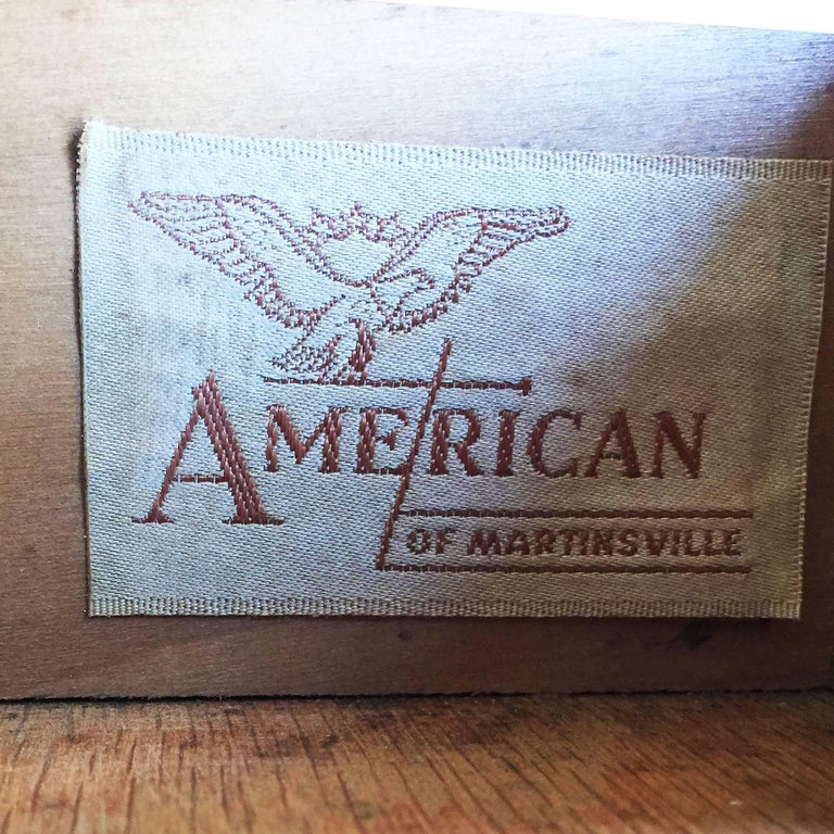 American of Martinsville Two-Tier Bedside Table Pair For Sale 3