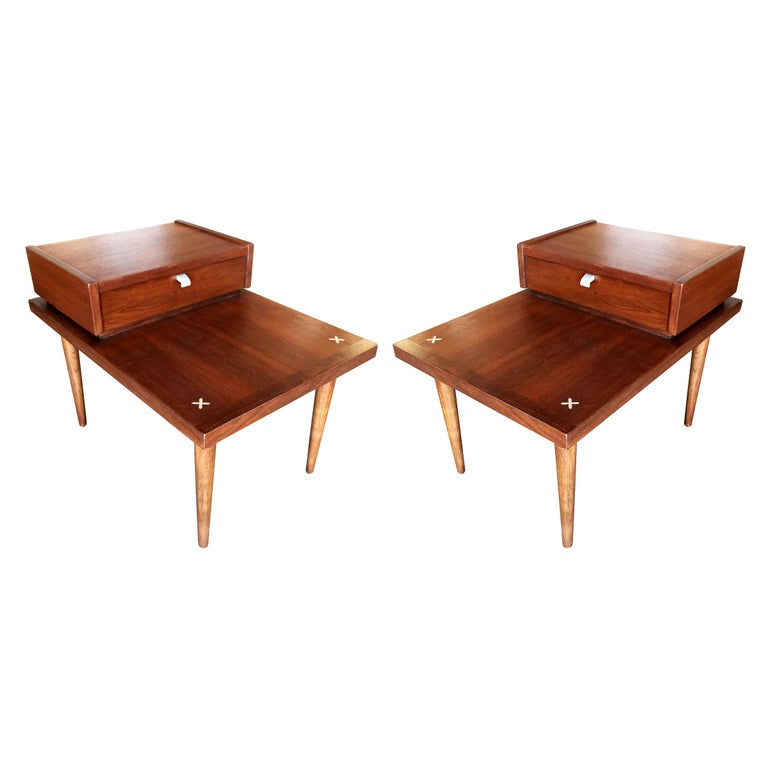 American of Martinsville Two-Tier Bedside Table Pair For Sale