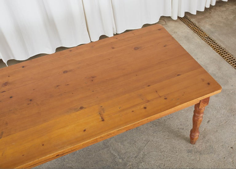 20th Century American Pine Country Farmhouse Style Dining Table For Sale
