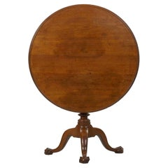 American Queen Anne Antique Tea Table, Likely Chester County, circa 1770