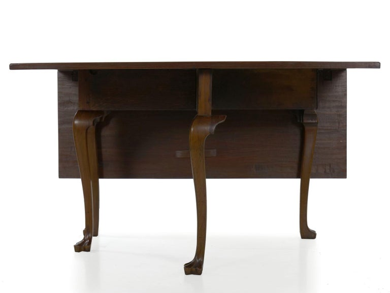 American Queen Anne Drop-Leaf Dining Table on Trifid Feet, Pennsylvania For Sale 3