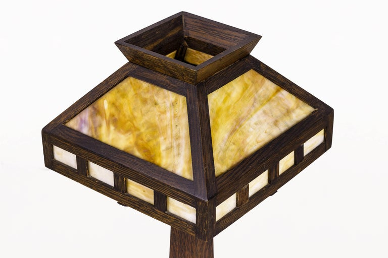 20th Century American Rustic Mission Style Oak Table Lamp, circa 1920, USA For Sale