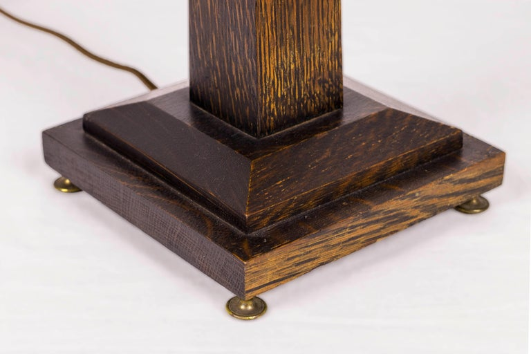 American Rustic Mission Style Oak Table Lamp, circa 1920, USA For Sale 2