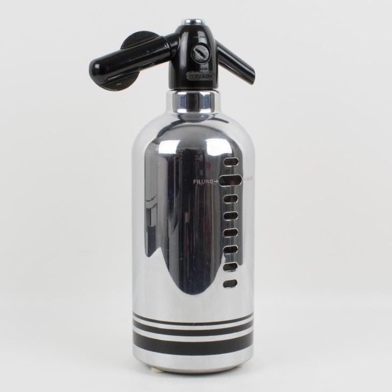 American Soda King 1950s Siphon Seltzer Water Bottle In Good Condition For Sale In Atlanta, GA
