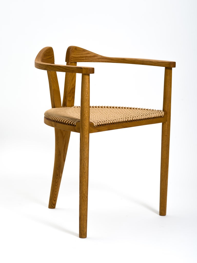 American Studio Craft Tri-Leg Chair in Oak with Woven Seat after Hans Wegner In Good Condition For Sale In Brooklyn, NY