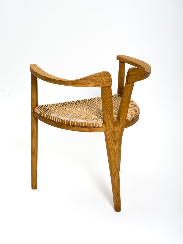 American Studio Craft Tri-Leg Chair in Oak with Woven Seat after Hans Wegner For Sale 3