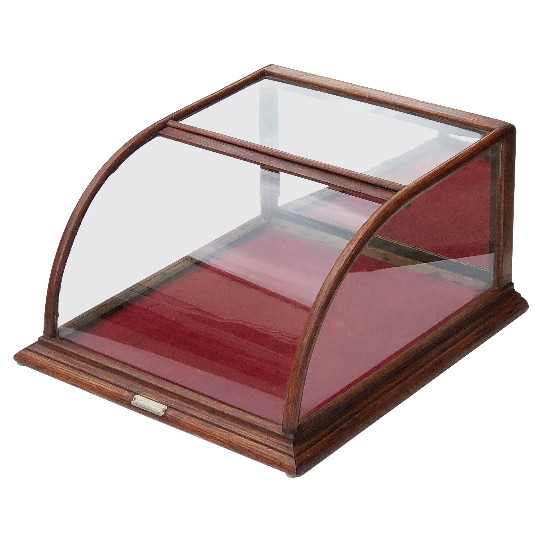 American Table Top Display Case or Vitrine