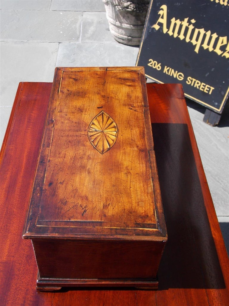 American Walnut Satinwood Inlaid Valuables Box with Original Feet, circa 1780 In Excellent Condition For Sale In Charleston, SC