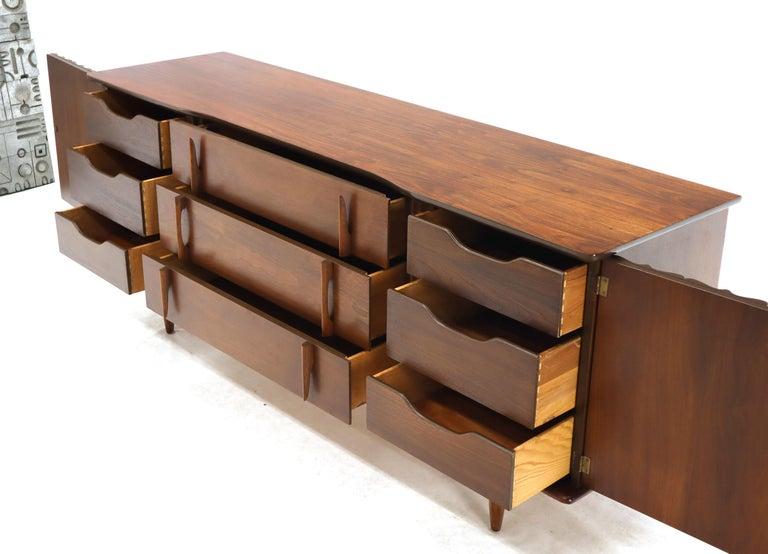American Walnut Sculptural Front Concave Top Nine Drawers Long Dresser Credenza For Sale 3