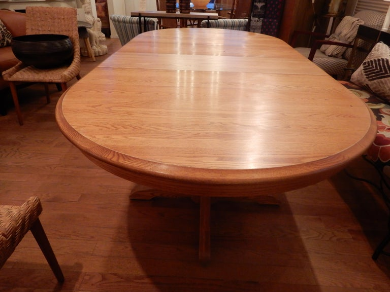 20th Century Americana Solid White Oak Dining Room Table For Sale