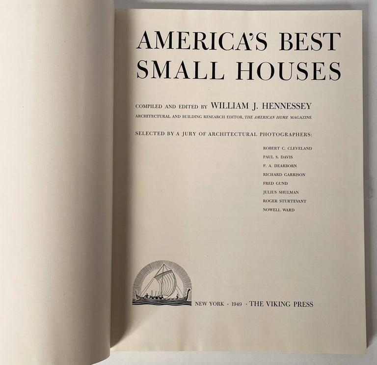 America's Best Small Houses by William J. Hennessey In Good Condition For Sale In New York, NY