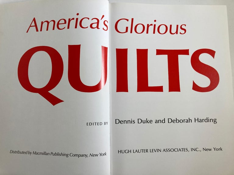 Paper America's Glorious Quilts by Dennis Duke, Hardcover Book For Sale