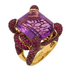 Amethyst 27.38 Carat Ruby 18 Karat Yellow Gold New Age Ring