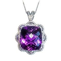 Amethyst 34,92 Karat und Diamant-Anhänger