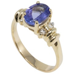 Amethyst and Diamond 14 Karat Yellow Gold Ring, Solitaire Prong Setting