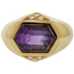 Amethyst and Diamond 18 Karat Yellow Gold Ring