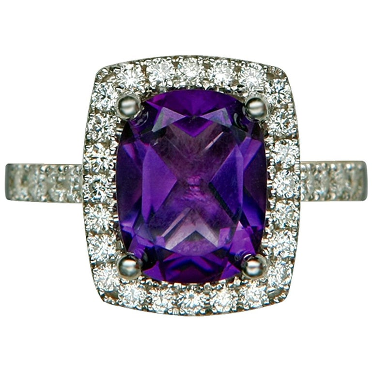 Amethyst and Diamond Gold Ring, 20th Century For Sale