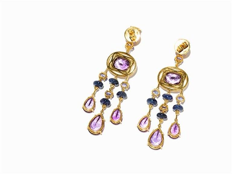 Oval Cut Amethyst and Sapphire Tube Hanger Earrings in 18 Karat Gold For Sale