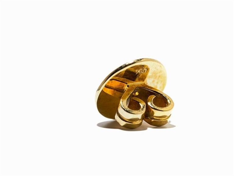 Women's Amethyst and Sapphire Tube Hanger Earrings in 18 Karat Gold For Sale