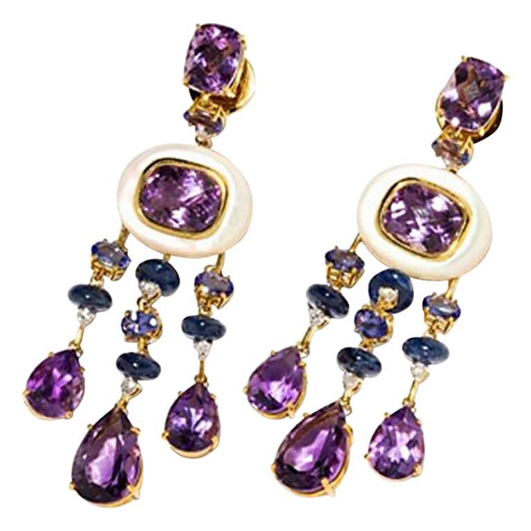 Amethyst and Sapphire Tube Hanger Earrings in 18 Karat Gold For Sale