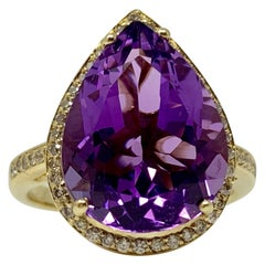 Amethyst and White Diamond Ring in Yellow Gold