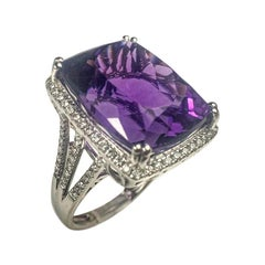 Amethyst 18.12 Carats White Gold Cocktail Ring