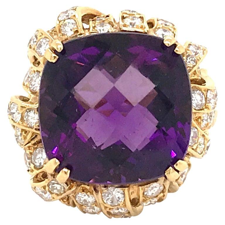 Amethyst Diamond Gold Cocktail Ring 23 Carat 18 Karat Yellow Gold For Sale
