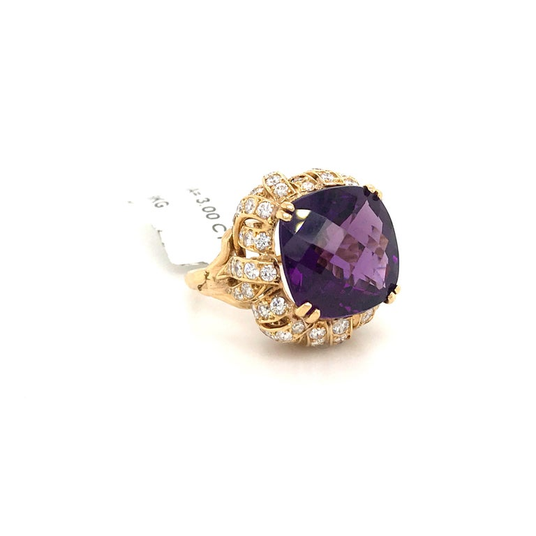 Contemporary Amethyst Diamond Gold Cocktail Ring 23 Carat 18 Karat Yellow Gold For Sale