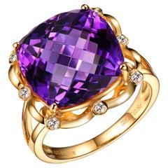 10 Carat Amethyst Diamond Ring 18 Karat Yellow Gold