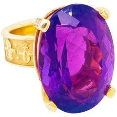 Amethyst Diamond Ring, 18 Karat Gold, 36 Carat, Fleur de Lis, Large Ring, Saints