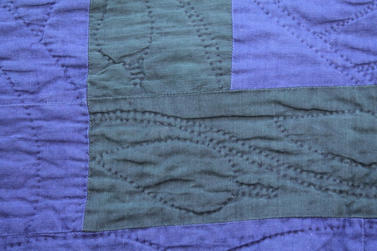 Hand-Crafted Amish Fly Foot Quilt For Sale