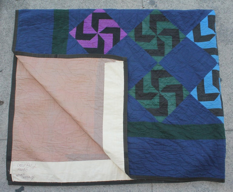 Mid-20th Century Amish Fly Foot Quilt For Sale