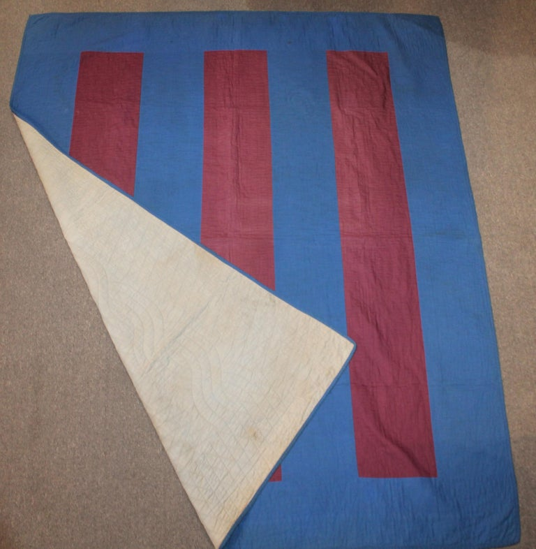 Amish wool floating bars quilt from Lancaster, County, Pennsylvania. This finely quilt broken bars quilt is in very good condition.