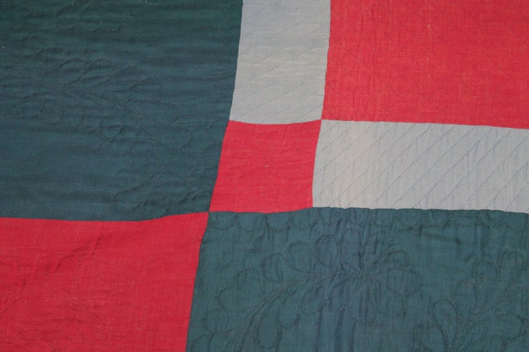 Amish Lancaster, County Pennsylvania Wool Diamond in a Square Quilt In Good Condition For Sale In Los Angeles, CA