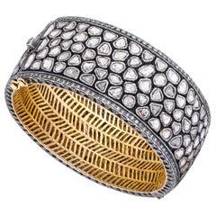 Amrapali Jewels 14 Karat Gold and Diamond Bangle