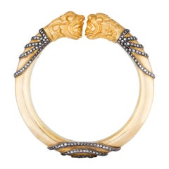 Amrapali Jewels 14 Karat Gold and Diamond Bangle