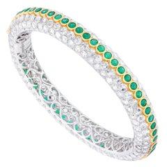 Amrapali Jewels 18 Karat Gold, Emerald and Diamond Bangle