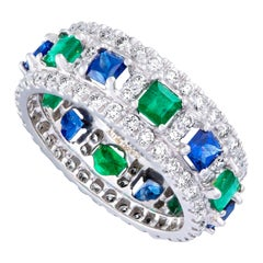 Amrapali Jewels 18 Karat Gold, Sapphire, Emerald and Diamond Ring