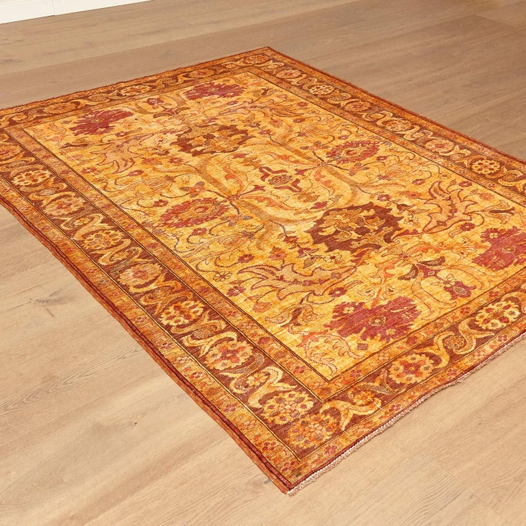 Amritsar large rug made in Afghanistan, circa 2000.  Hand knotted  Washed  Measures: 185 x 239 cm  A2 / 70898.