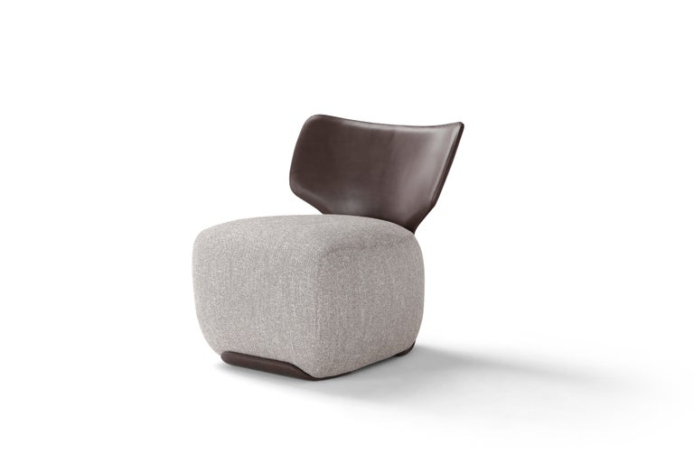 Amura 'Noa' Chair in Leather and Grey Fabric by Amura Lab In New Condition For Sale In GRUMO APPULA (BA), IT