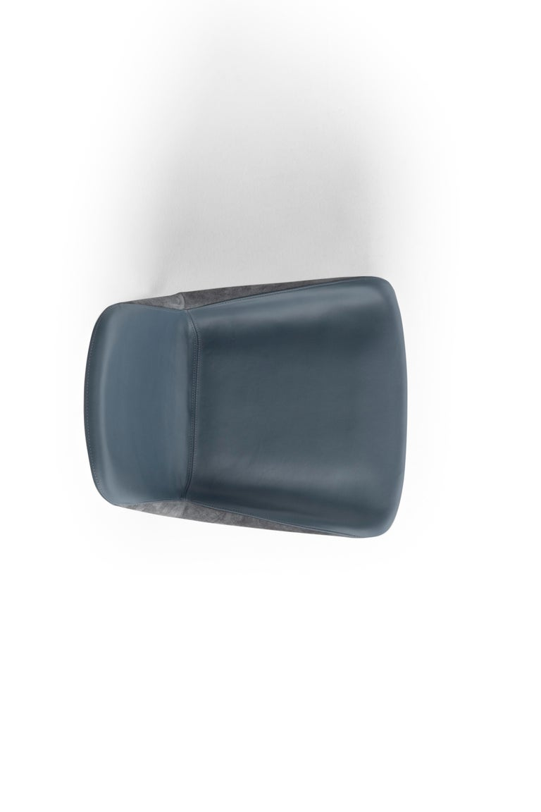 Amura 'Panis' Chair in Blue Leather by Emanuel Gargano & Anton Cristell In New Condition For Sale In GRUMO APPULA (BA), IT