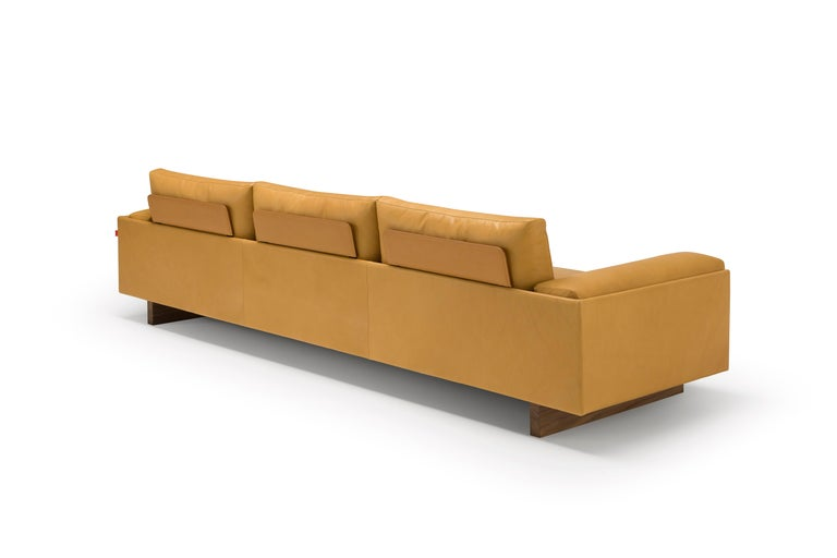 Modern Amura 'Tau' Sofa in Coffee Leather by Emanuel Gargano For Sale