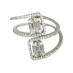 Amwaj 18 Karat White Gold Ring with Multi-Cut Diamonds