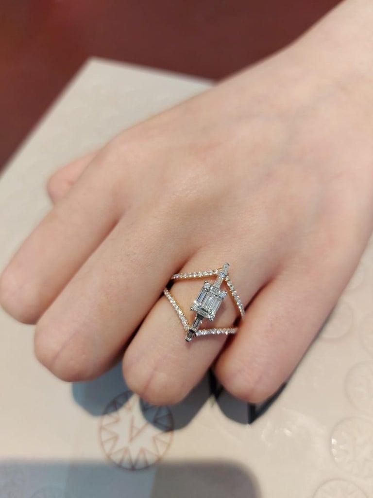 Amwaj Jewellery 18 Karat Rose Gold Ring with White Baguette Cut Diamonds For Sale 1